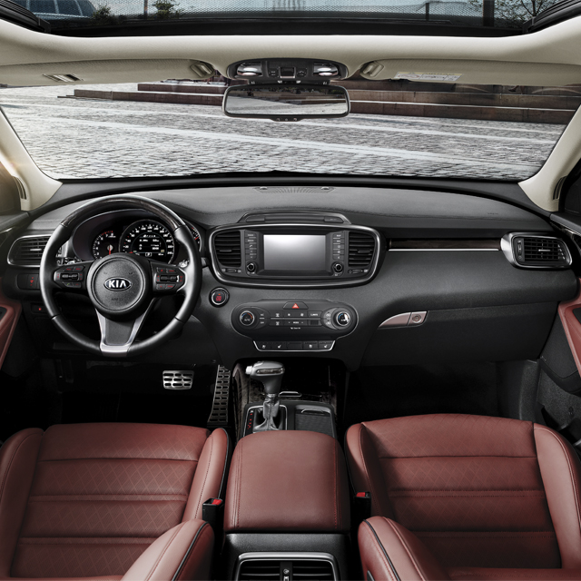 Kia Sorento - Look Interior